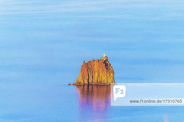Strombolicchio islet  Stromboli  Aeolian Islands  UNESCO World Heritage Site  Sicily  Italy  Mediterranean  Europe