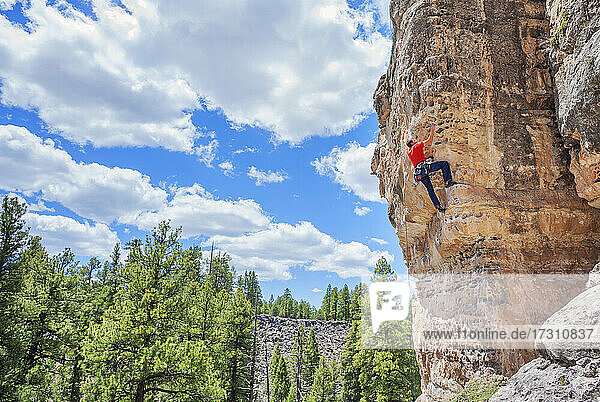 Man rock climbing at The Pit (Le Petit Verdon) in Sandy's Canyon  Flagstaff  Arizona  United States of America  North America