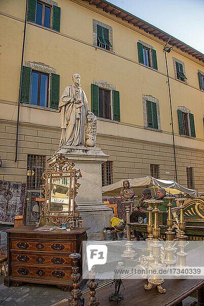 Europa  Italien  Toskana  Arezzo  Antiquitätenmarkt