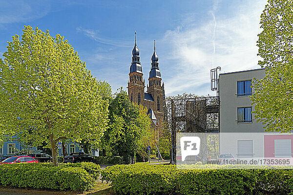 SchUM-Stadt  Kapuzinerpark  Kirche  Sankt Joseph