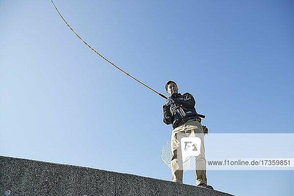 Japaner beim Fischen