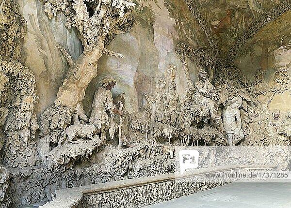 Grotta del Buontalenti  Grotto of the Buontalenti  1583-1593  architect and sculptor Bernardo Buontalenti  Giardino di Boboli  Boboli Garden with Palazzo Pitti  Florence  Tuscany  Italy  Europe