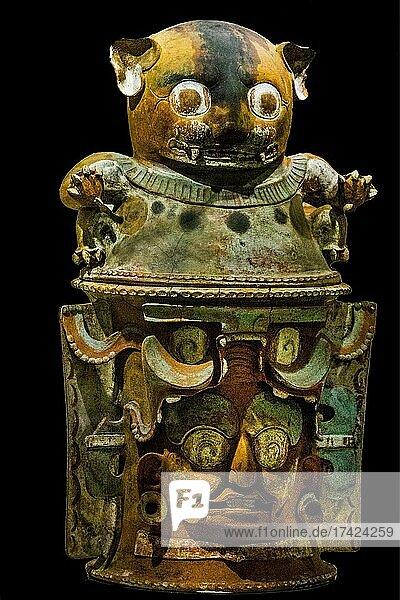 Burial urn with jaguar god  Popol Vuh Museum  Guatemala City  Guatemala  Central America