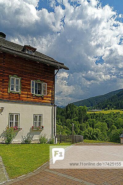 Pfarrhaus  Landschaft