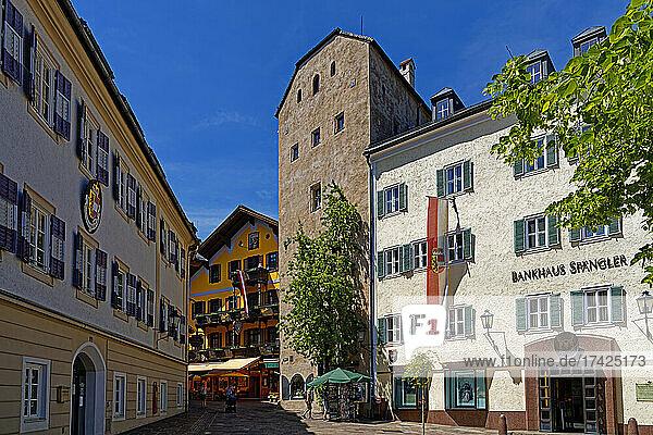 Straßenansicht  Kastner- oder Vogtturm  erbaut ca. 1000  Kastnerhaus