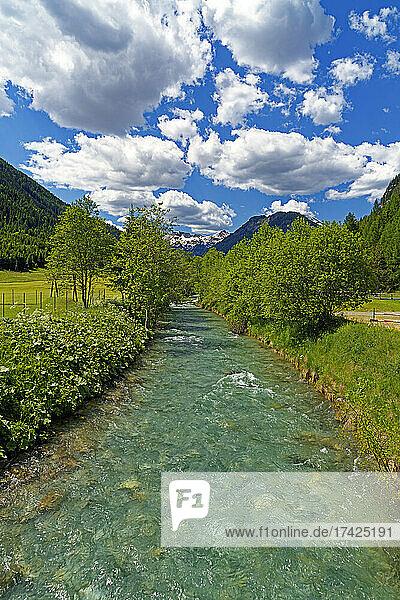Landschaft  Fluß  Taurach
