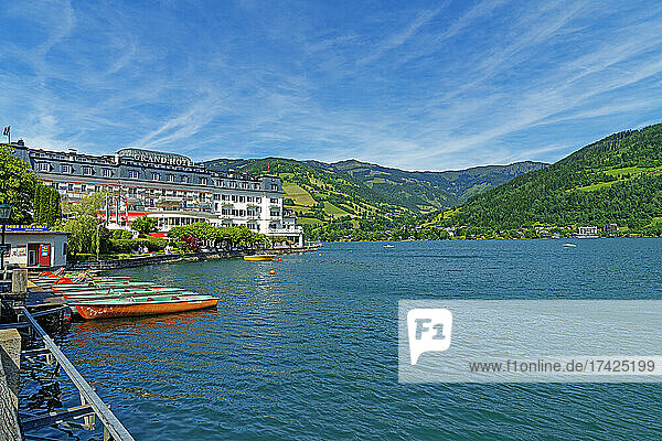 Zeller See  Gand Hotel