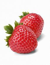 Zwei Erdbeeren, weißer Hintergrund