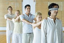stehend,halten,Menschliche Schulter,Schultern,1,Feile