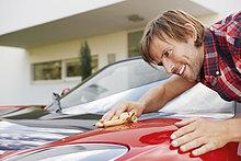 Mann,Stolz,Auto,Elektrische Energie,polieren