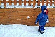 Frankreich ,französisch ,Alpen ,Urlaub ,Ski ,3 ,Mädchen ,alt ,spielen ,Schnee ,Jahr