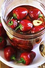 In Öl & Knoblauch eingelegte Peperoni