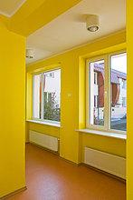 Korridor, Korridore, Flur, Flure ,gelb ,Schule