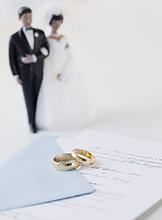 Braut ,Bräutigam ,Hochzeit ,Kuchen ,Urkunde
