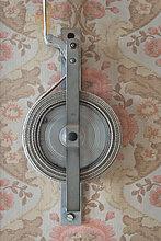 Alter Aufroller eines Rollladens, alte Tapete aus den sechziger Jahren, Stuttgart, Baden-Württemberg, Deutschland, Europa