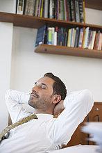 Schreibtisch ,Geschäftsmann ,Entspannung