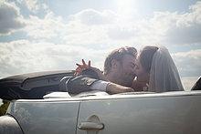 Hochzeit ,Cabrio ,küssen