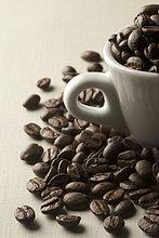 Kaffeebohne ,Tasse ,Kaffee ,Bohne