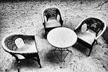 Stuhl ,Garten ,Schnee ,Tisch ,Hinterhof