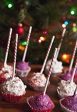 frontal,Weihnachtsbaum,Tannenbaum,Dekoration,Menschlicher Vater,Kuchen,pink