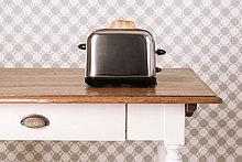 Studioaufnahme,Brot,Küche,Scheibe,frontal,Dekoration,Tisch,alt,Toaster,Tapete