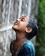 Fröhlichkeit,Regen,Ghetto