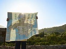 hoch,oben,Junge - Person,Schatten,halten,Landkarte,Karte