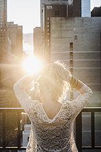 junge Frau,junge Frauen,Sonnenlicht,Haar