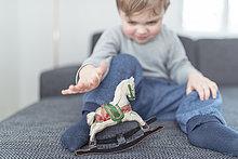 Junge - Person,klein,spielen