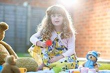 Teetasse,Picknick,halten,Spielzeug,Garten,Teddy,Teddybär,Mädchen